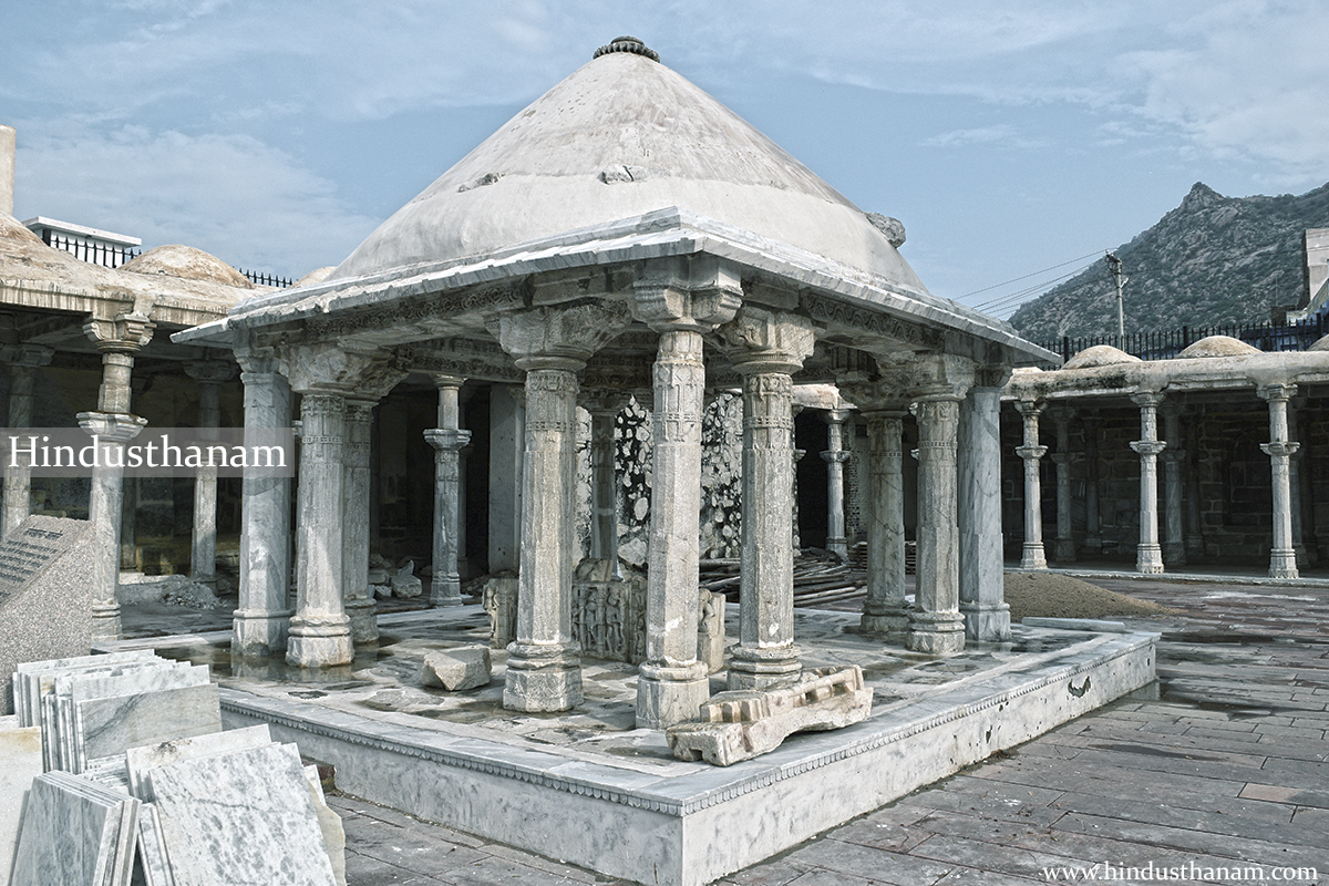 A temple Topkhana / Ancient sanskrit school