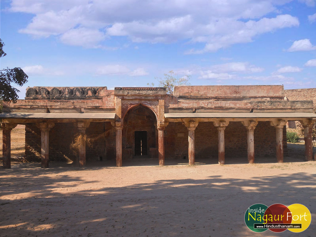 masjid-inside-nagaur-fort