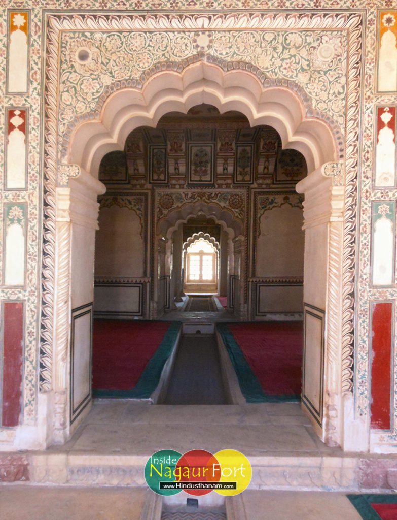 abha-mahal-inside-view